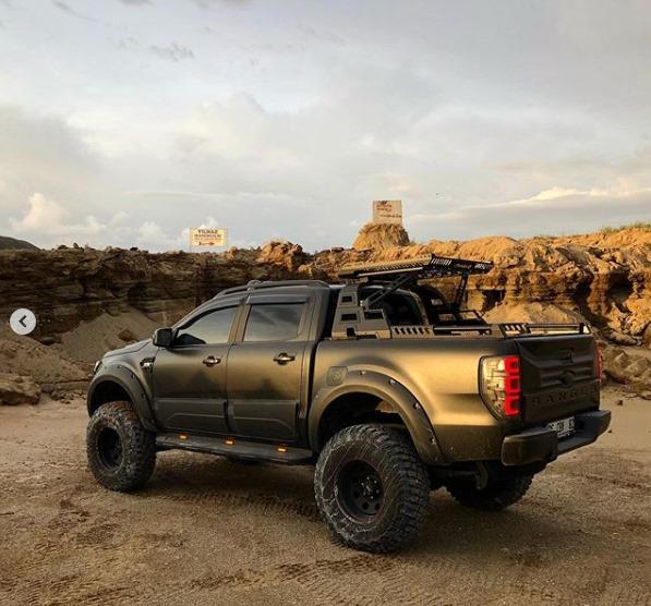 Volkswagen Amarok Yan Basamak Kaya Kaydırıcı İthal