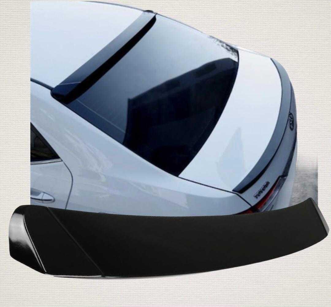 Toyata Corolla Cam Üstü Spoiler 2014 - 2018 Piano Black Plastik